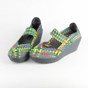 Steve Madden Womens Shoes Woven Colorful Size 8